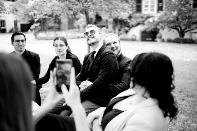 Weddingphotography on your wedding day. Artist and Photographer Ruth Buchert will capture those moments to remember a lifetime.